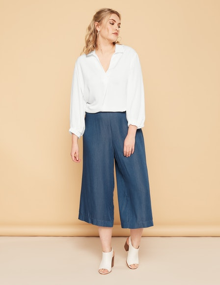 Crêpe-Bluse mit High-Low-Saum